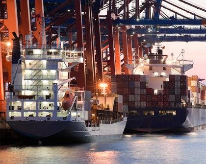 Inversión en puertos e hidrovías para el desarrollo logístico
