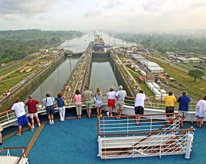 Panamá inaugura nueva zona franca